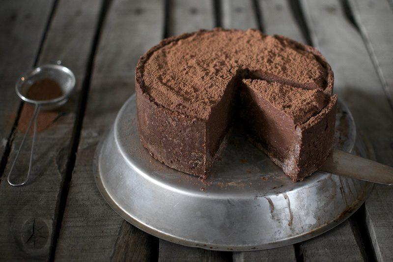 rawchocolatecake_glutenfree_hannamarirahkonen_paleocake2