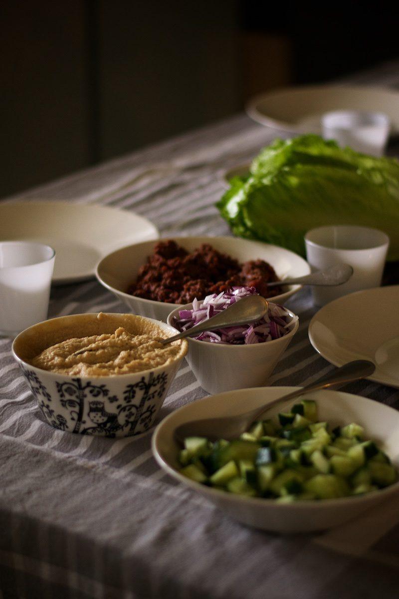 salaattitortillat_salaattiveneet_paleoresepti1507