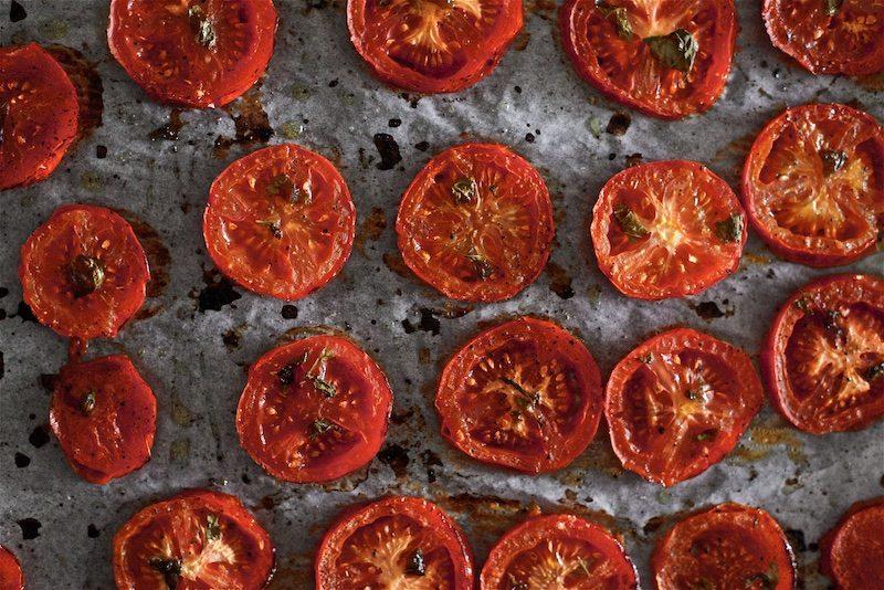 tomaatti-mozzarella-salaatti-helppo-gluteeniton-yellowmood 8