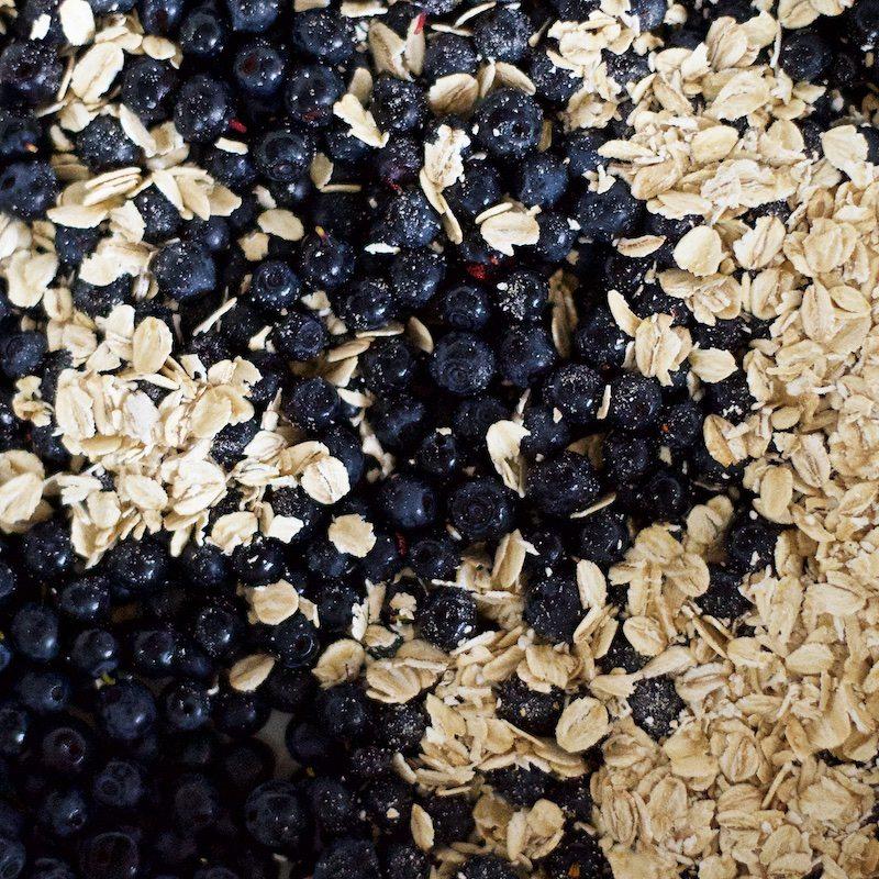 mustikkapiirakka-gluteeniton-mustikkapaistos-mustikka-superfood-hannamarirahkonen-yellowmood 2