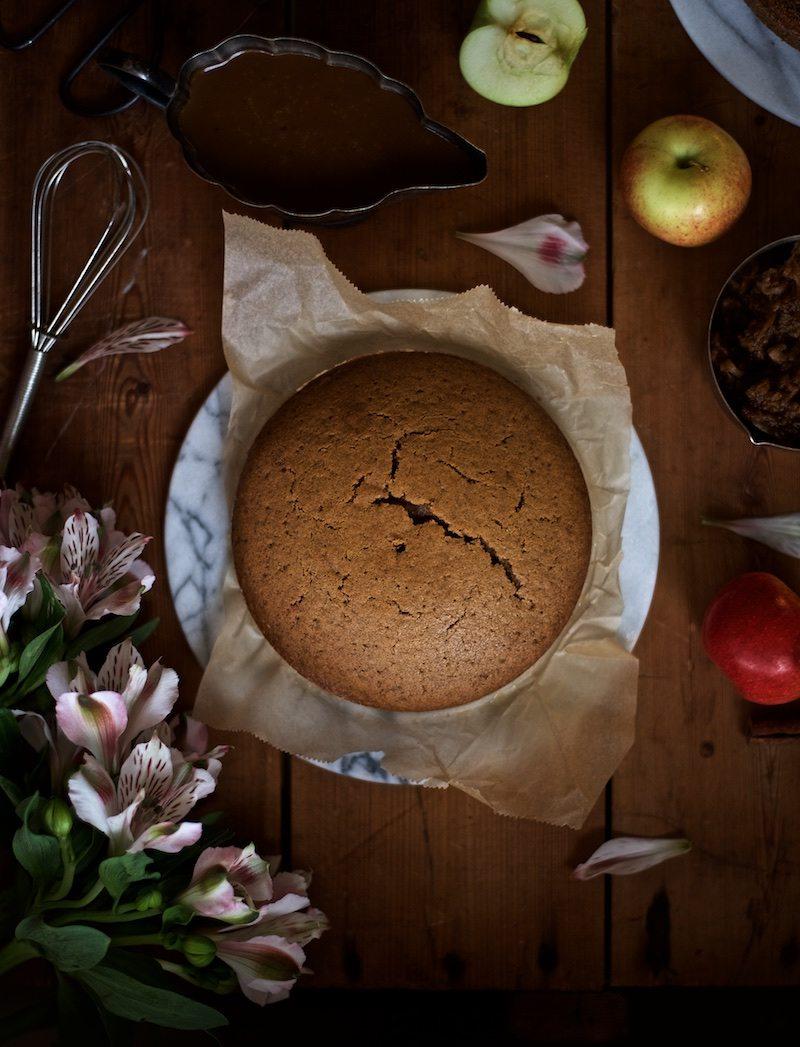 gluteeniton-omena-naked-cake-2