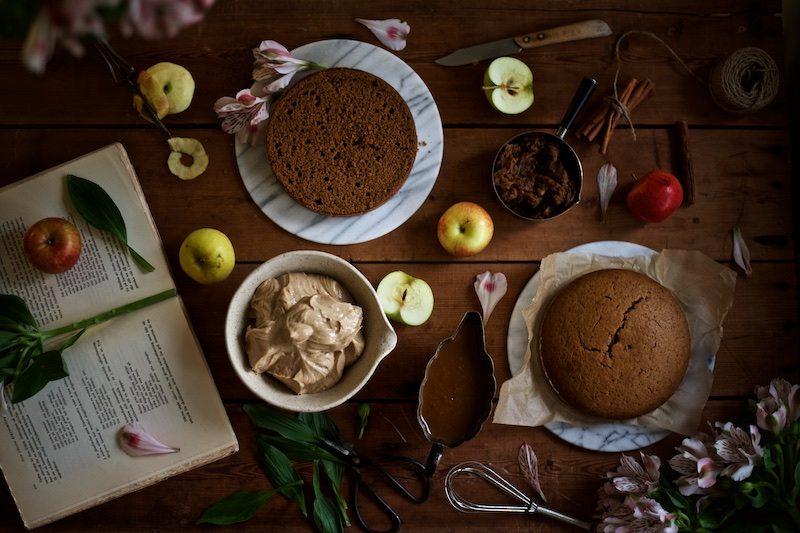 gluteeniton-omena-naked-cake-3