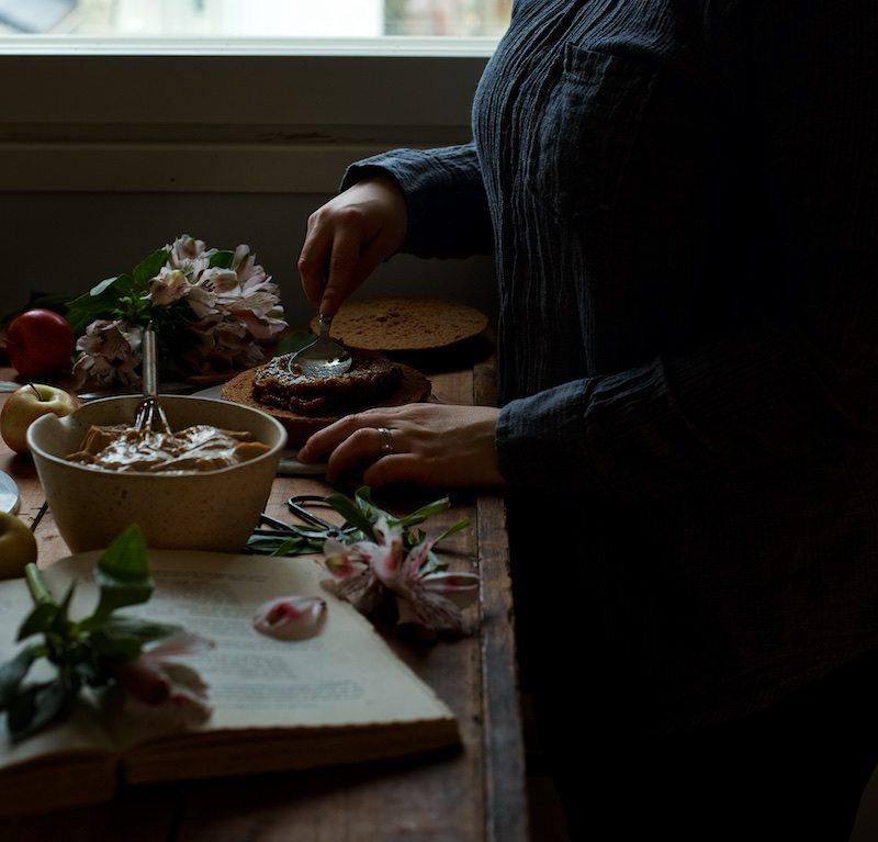 gluteeniton-omena-naked-cake-8