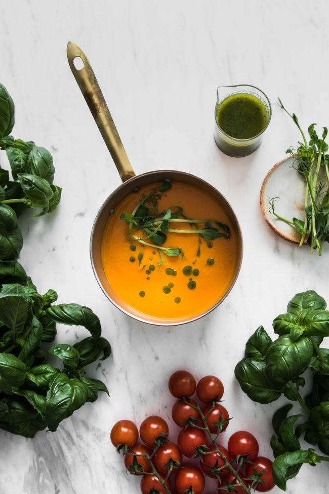 Vegaaninen Tomaattikeitto